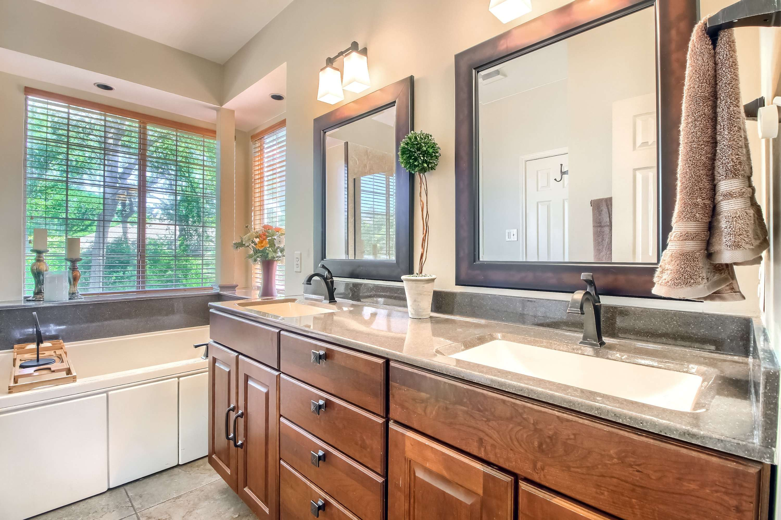 Berry Creek home listed by Stuart Sutton