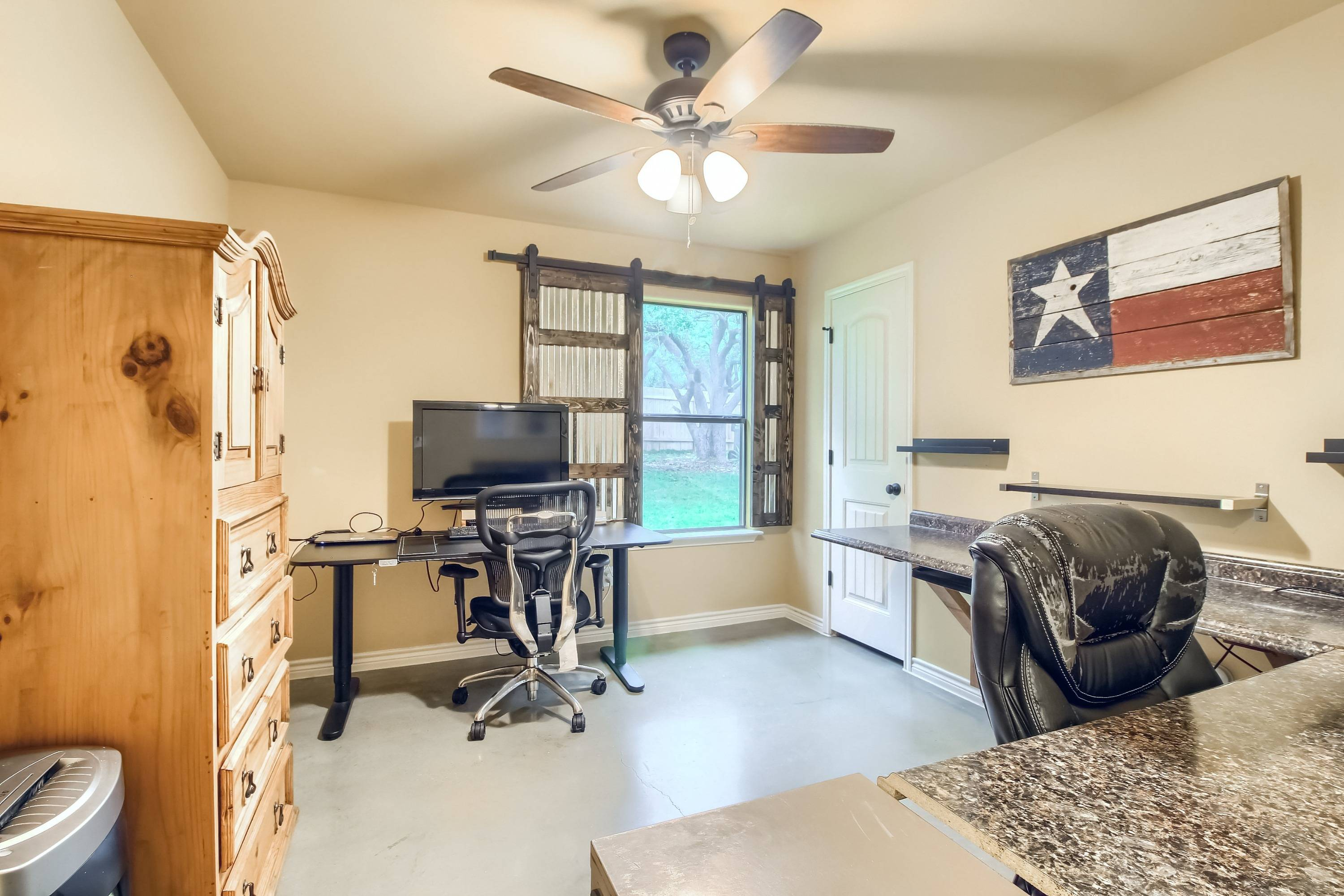 Georgetown TX acreage home