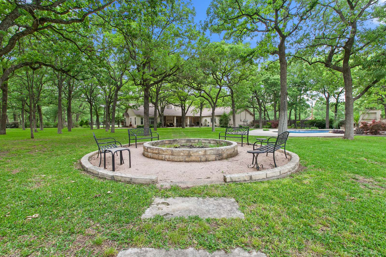 home for sale on acreage Georgetown TX