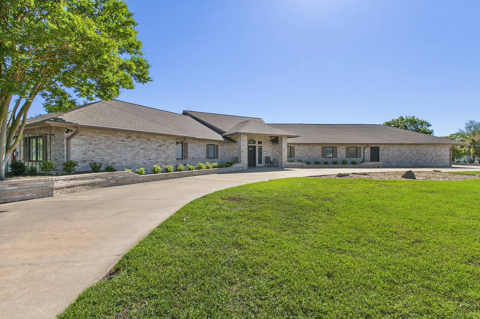Acreage home for sale Leander TX
