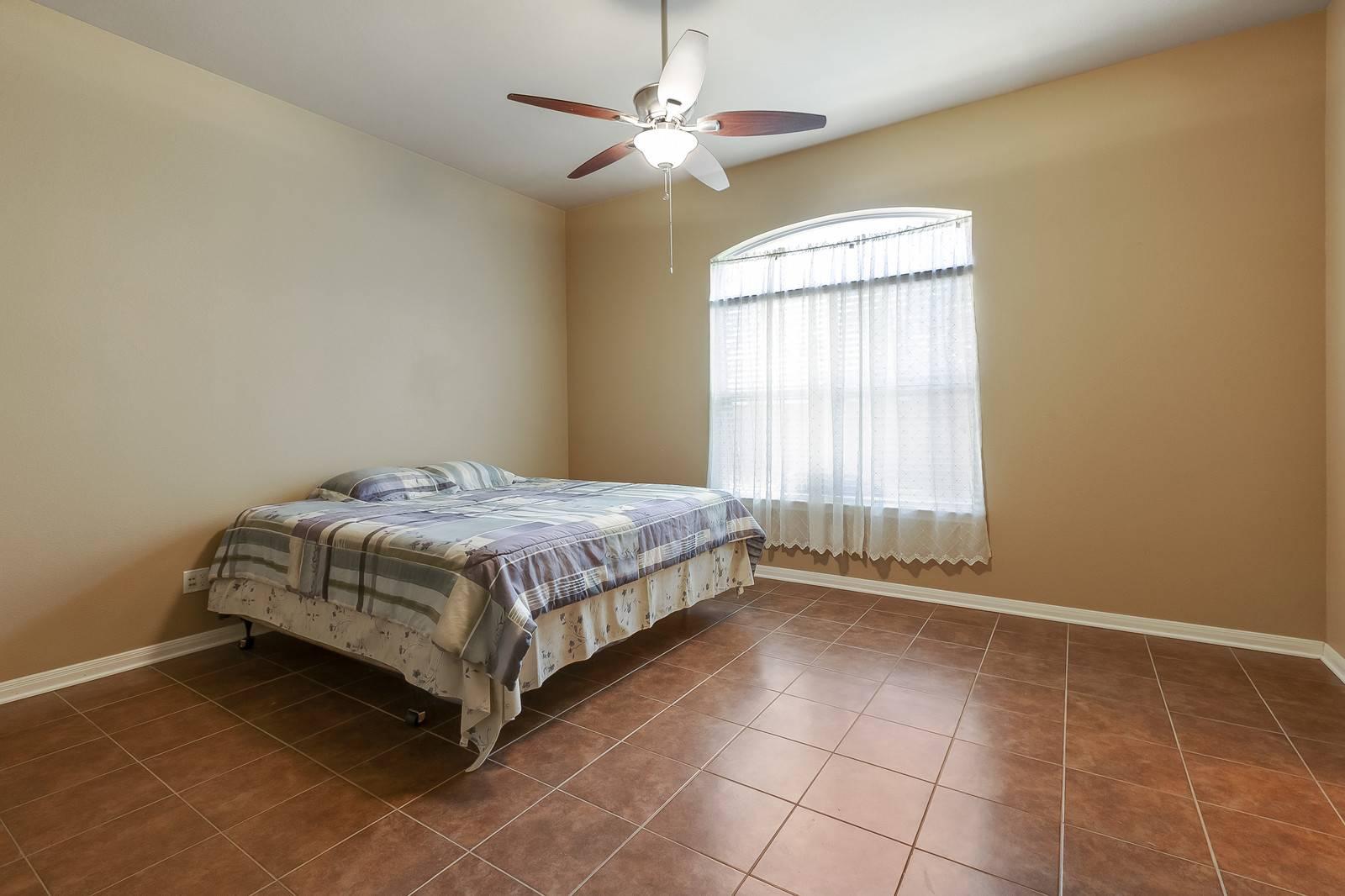 Cedar Park TX home listed by Stuart Sutton REMAX 1