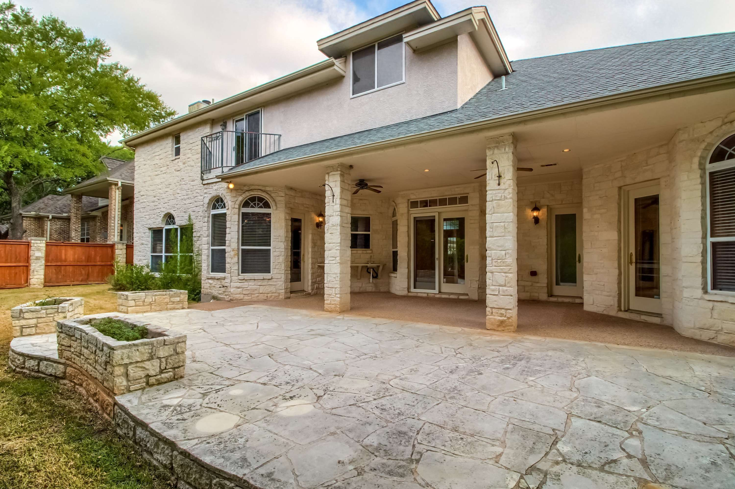 Georgetown TX home listed by Stuart Sutton