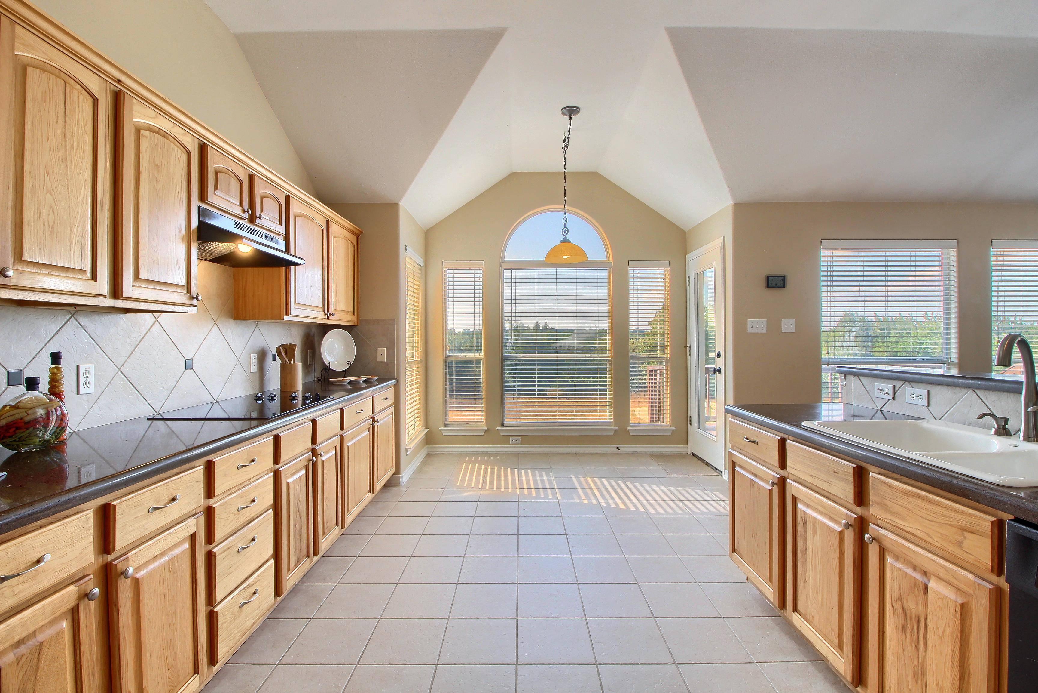 Liberty Hill TX acreage home