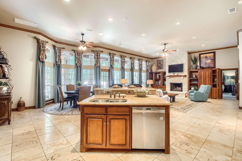 Stuart Sutton sells acreage homes Georgetown TX
