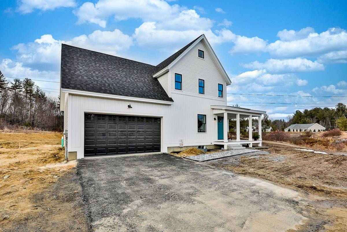 Amherst - $485,900
