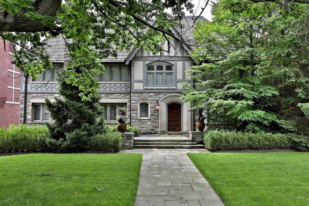 120 Old Forest Hill Rd, Toronto - MLS #C4802894