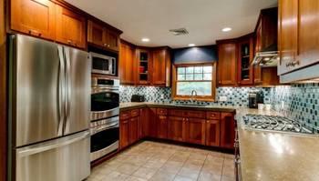 Eric DunphyHybrid Real Estate