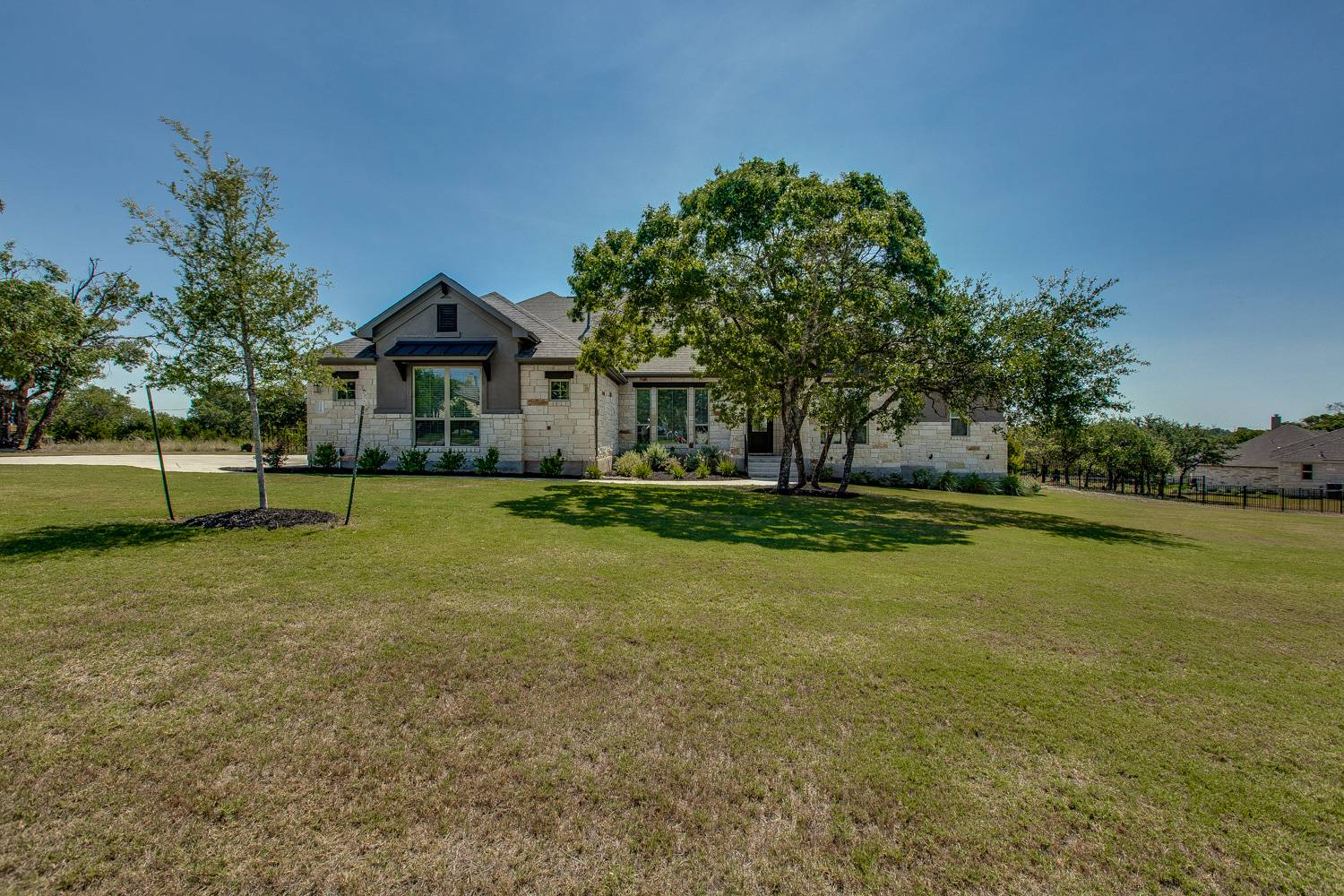 Liberty Hill TX Acreage Home