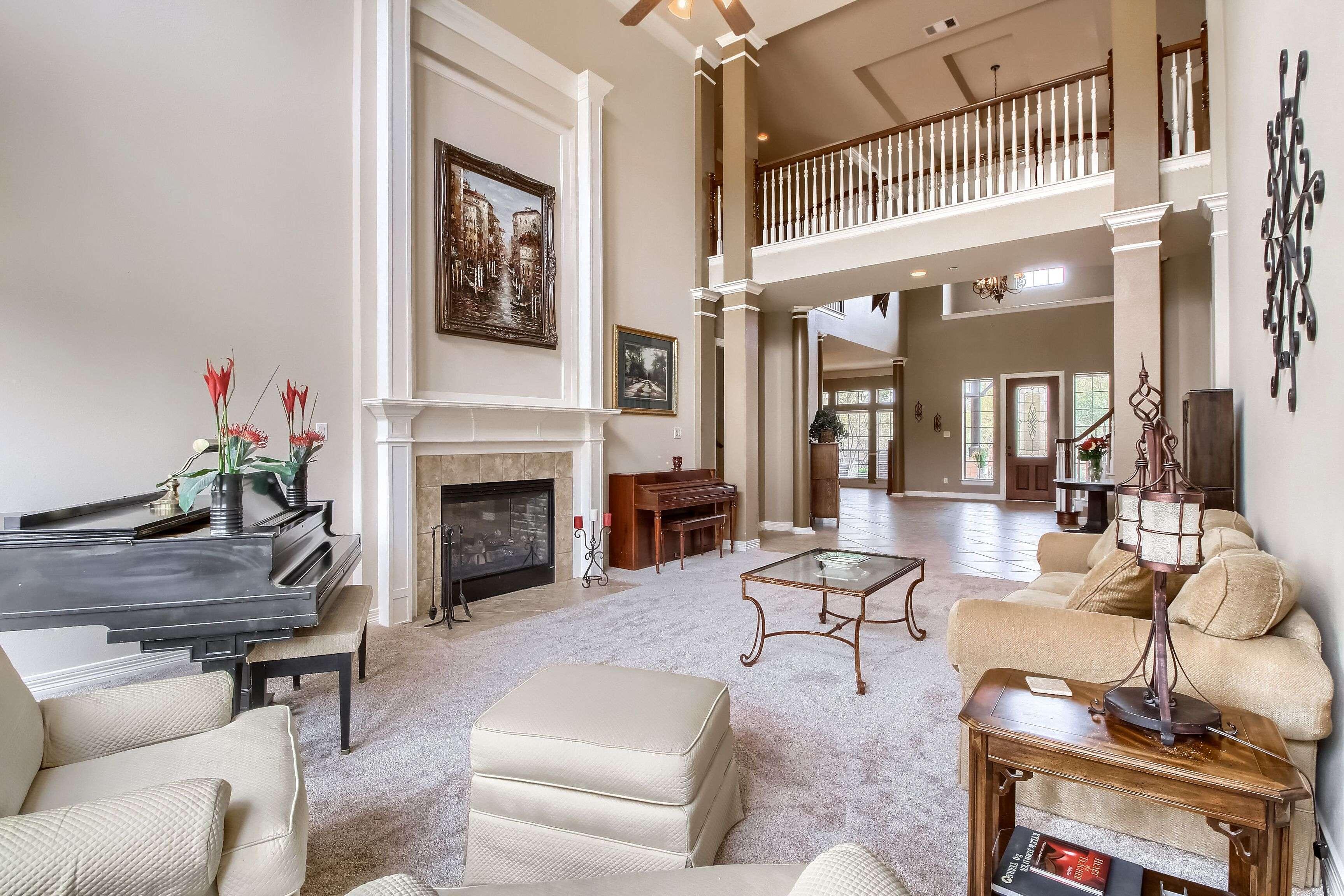 Grand Mesa homes on acreage Leander TX