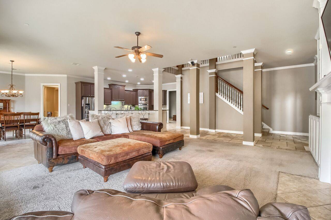 Acreage Home Grand Mesa Leander TX