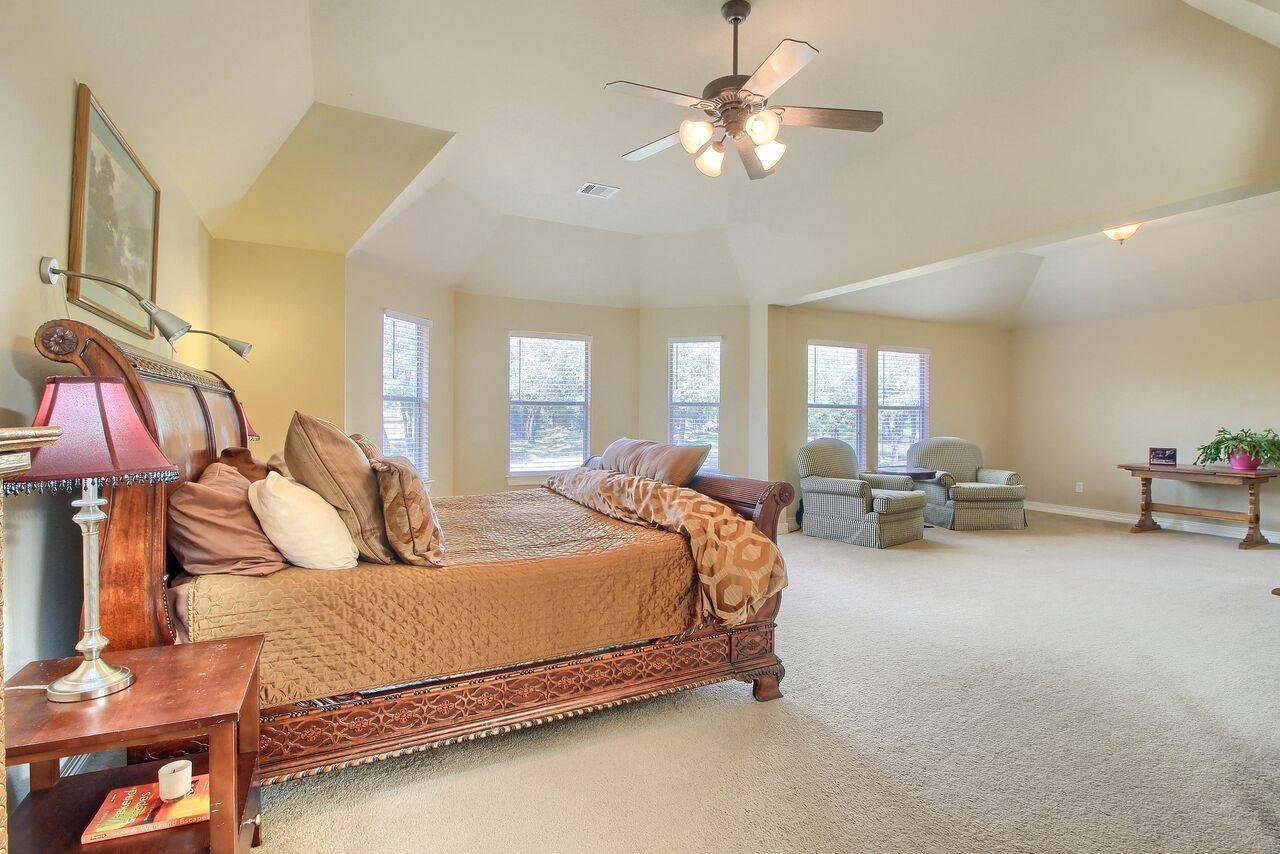 Grand Mesa Leander Tx home on acreage