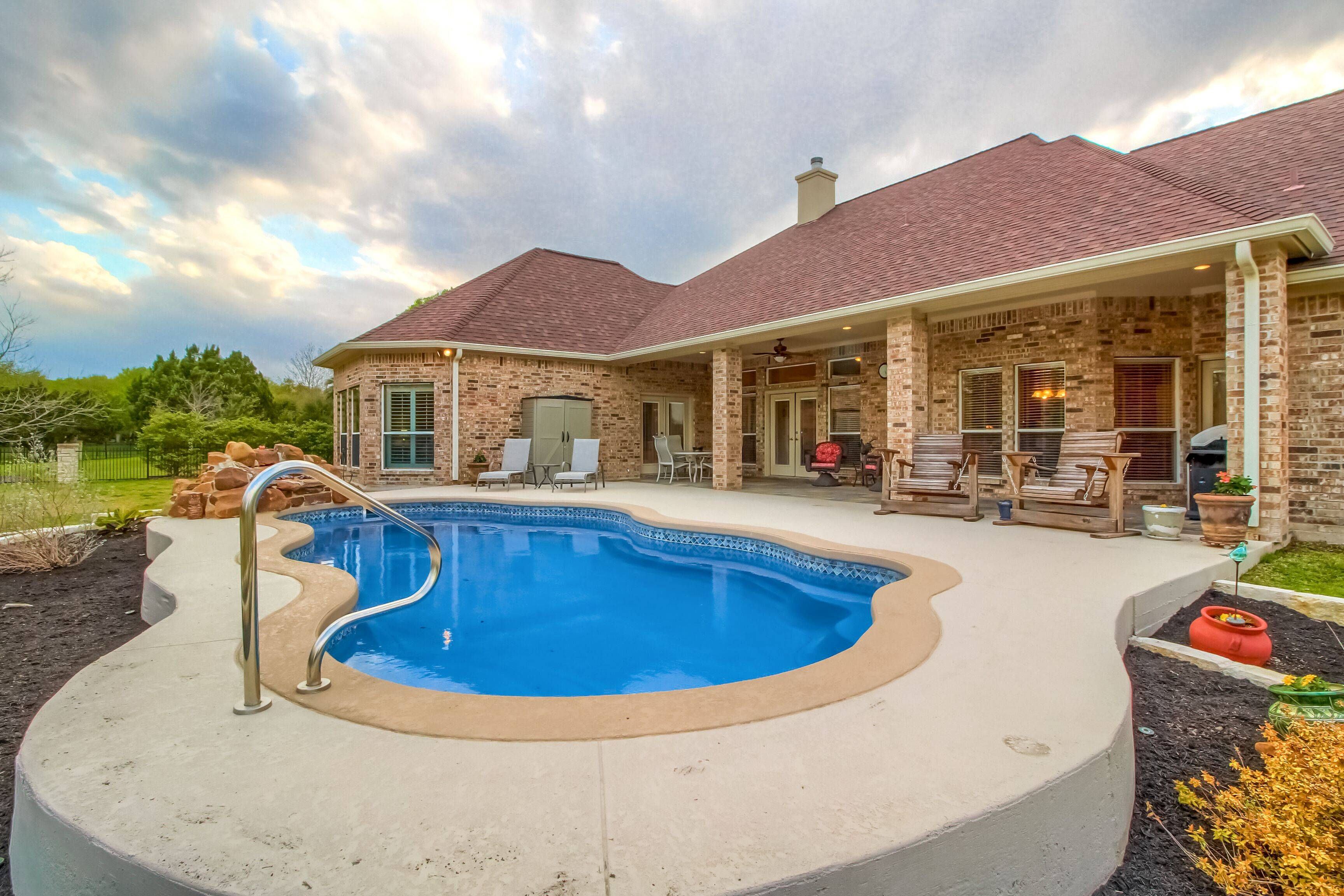 home on acreage georgetown tx