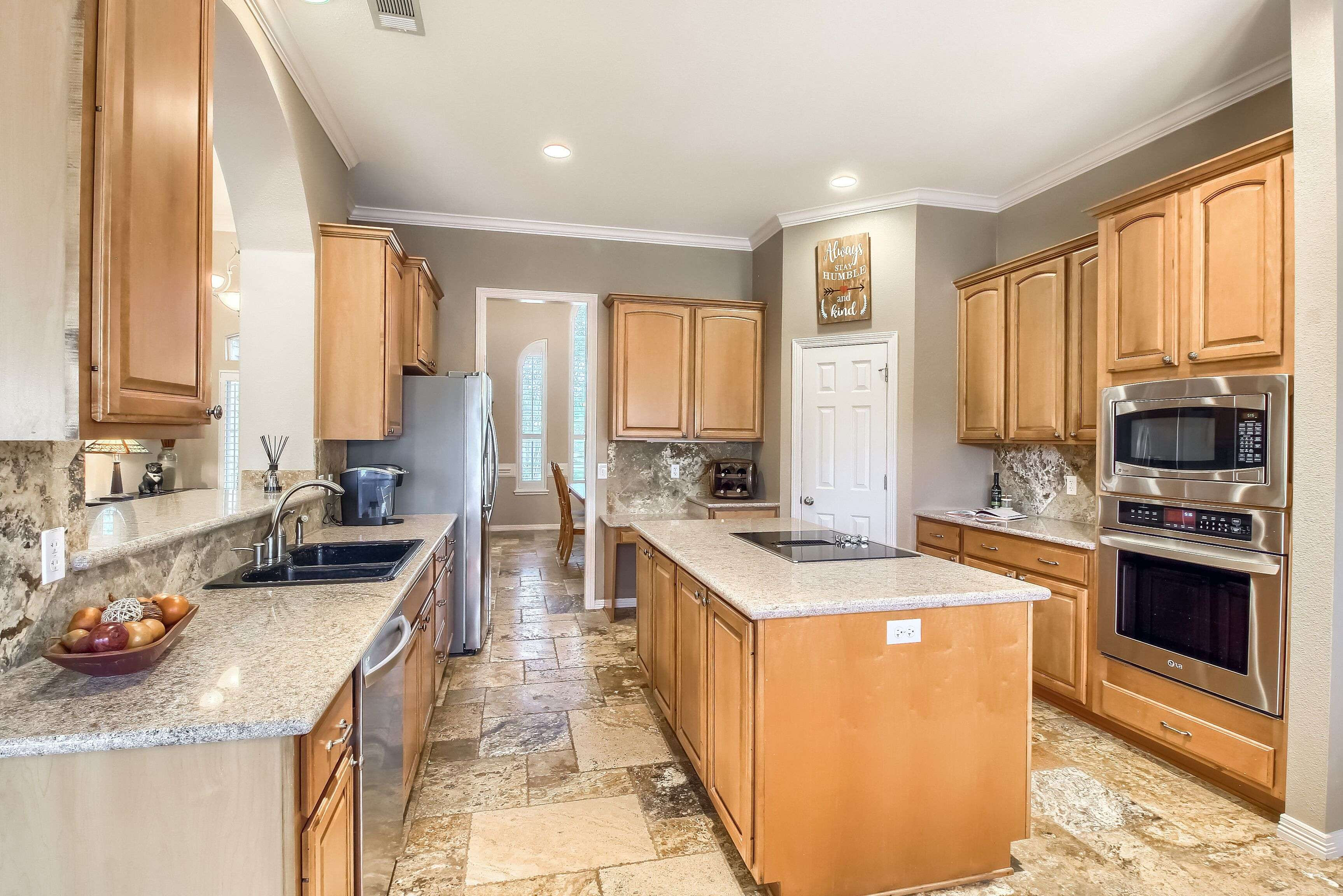 Woodland Park Georgetown TX acreage home