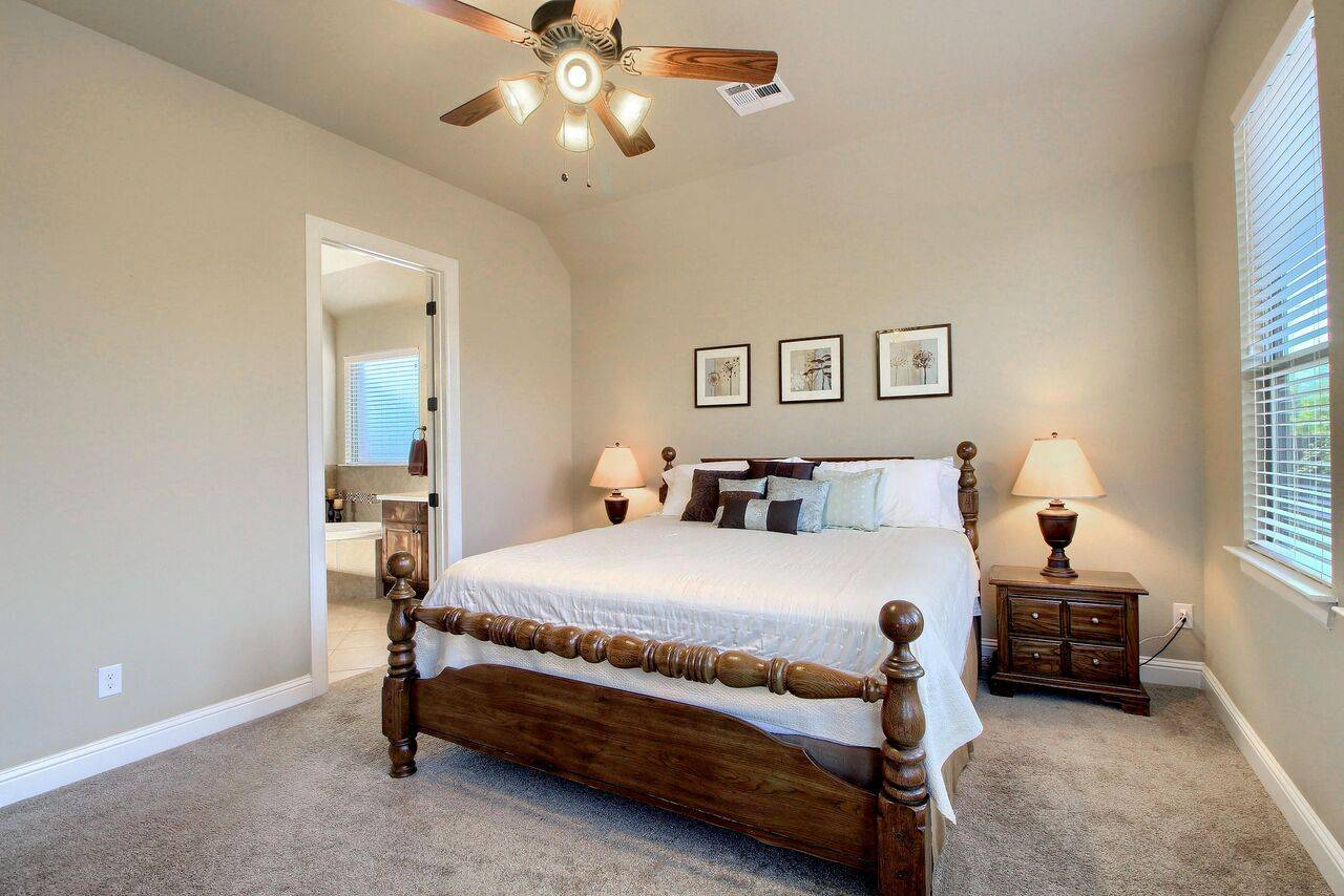 home for sale Pflugerville TX 2908 Windy Vane