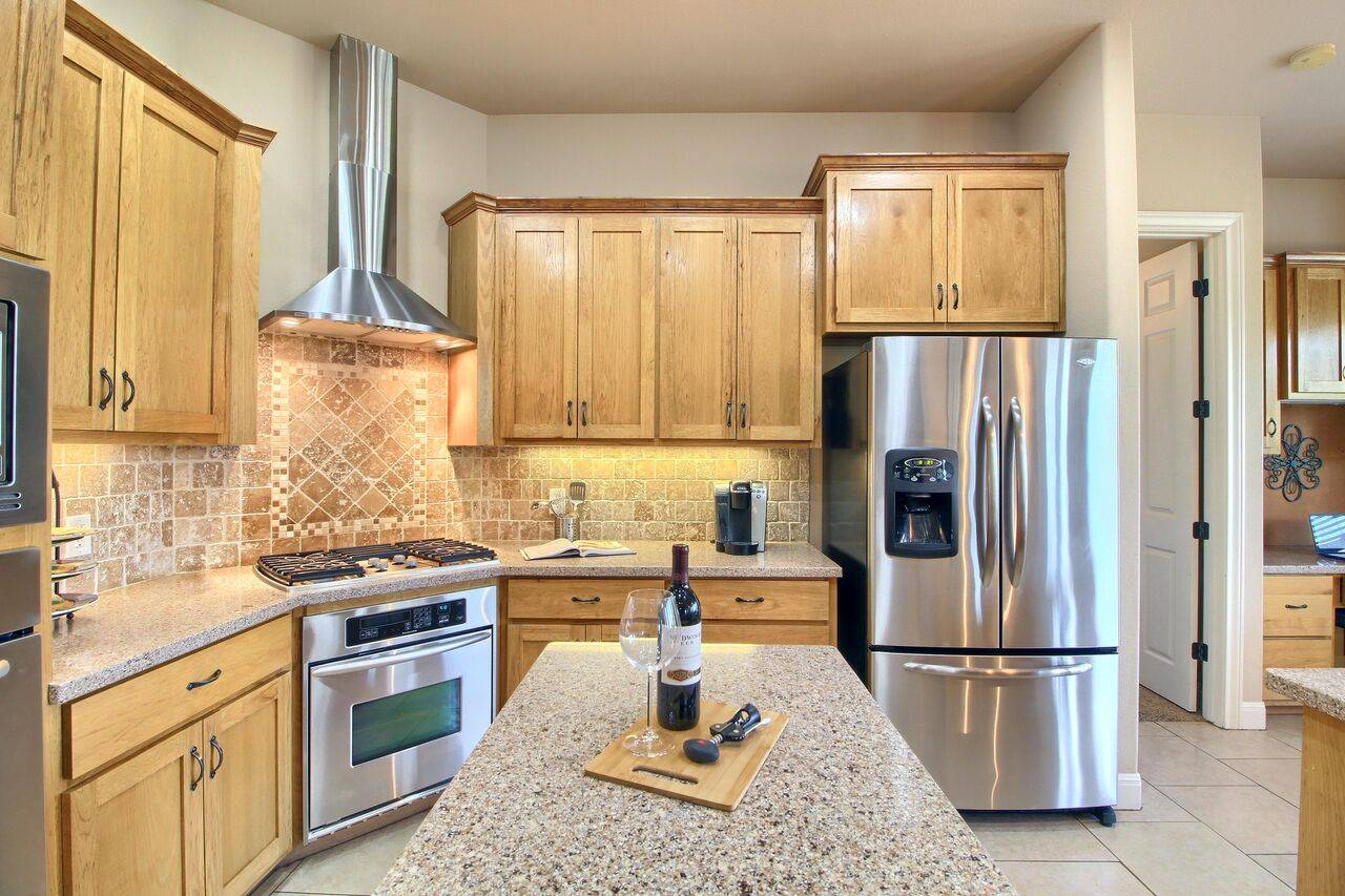 525 Twin Springs acreage home for sale