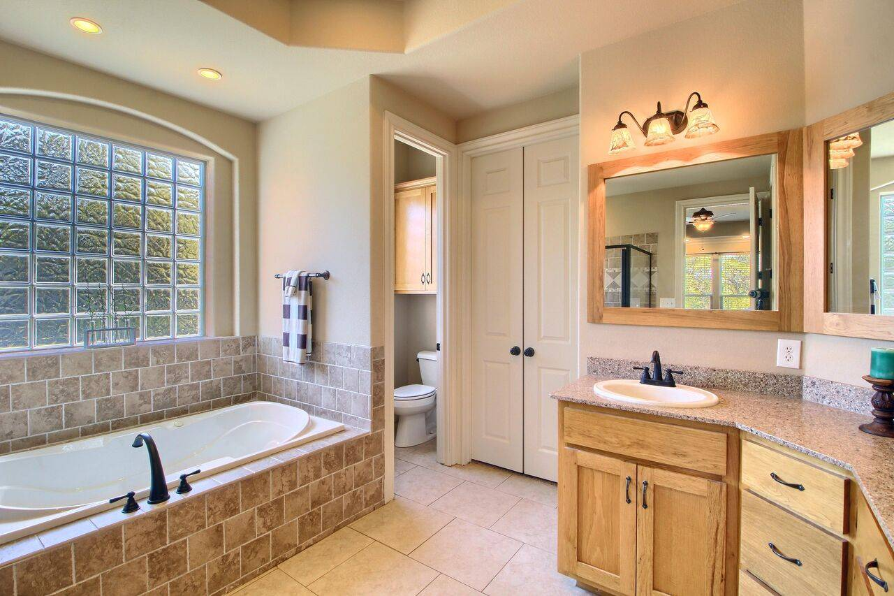 Acreage home for sale Georgetown TX