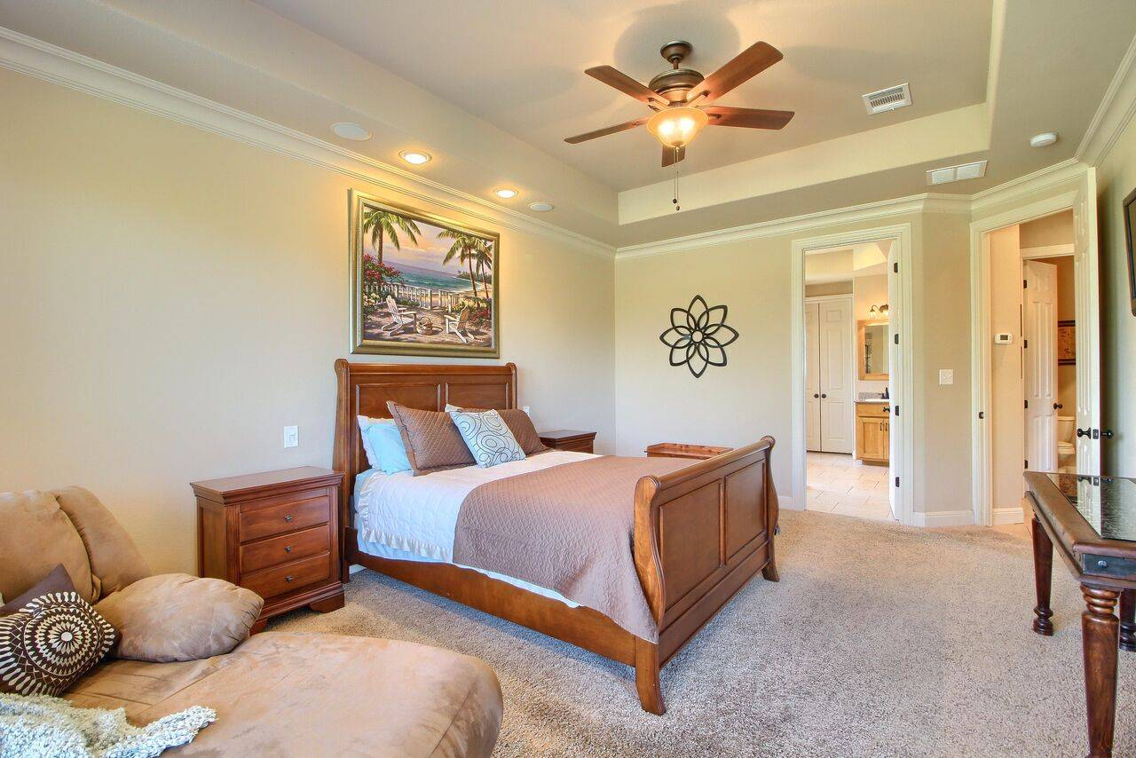 Georgetown TX home on acreage 525 Twin Springs
