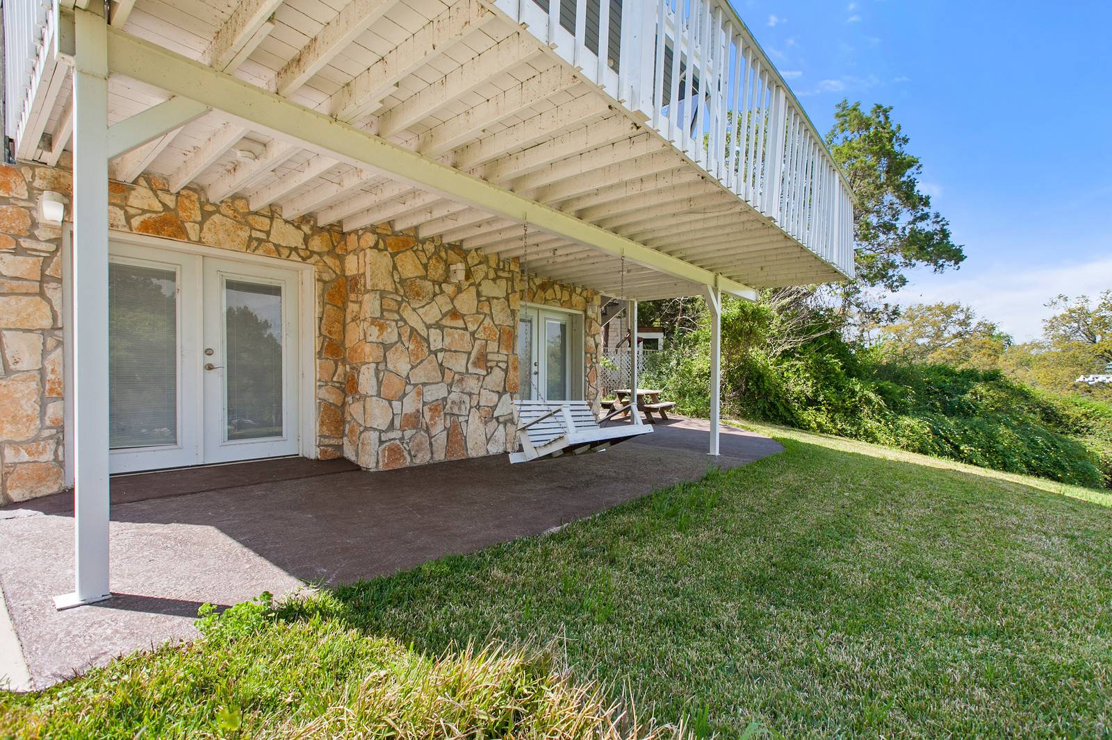 home on acreage Lake Travis waterfront