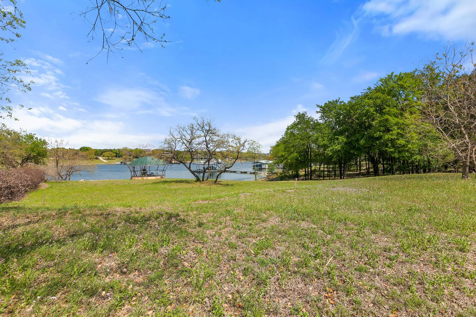 Austin TX acreage home on the water