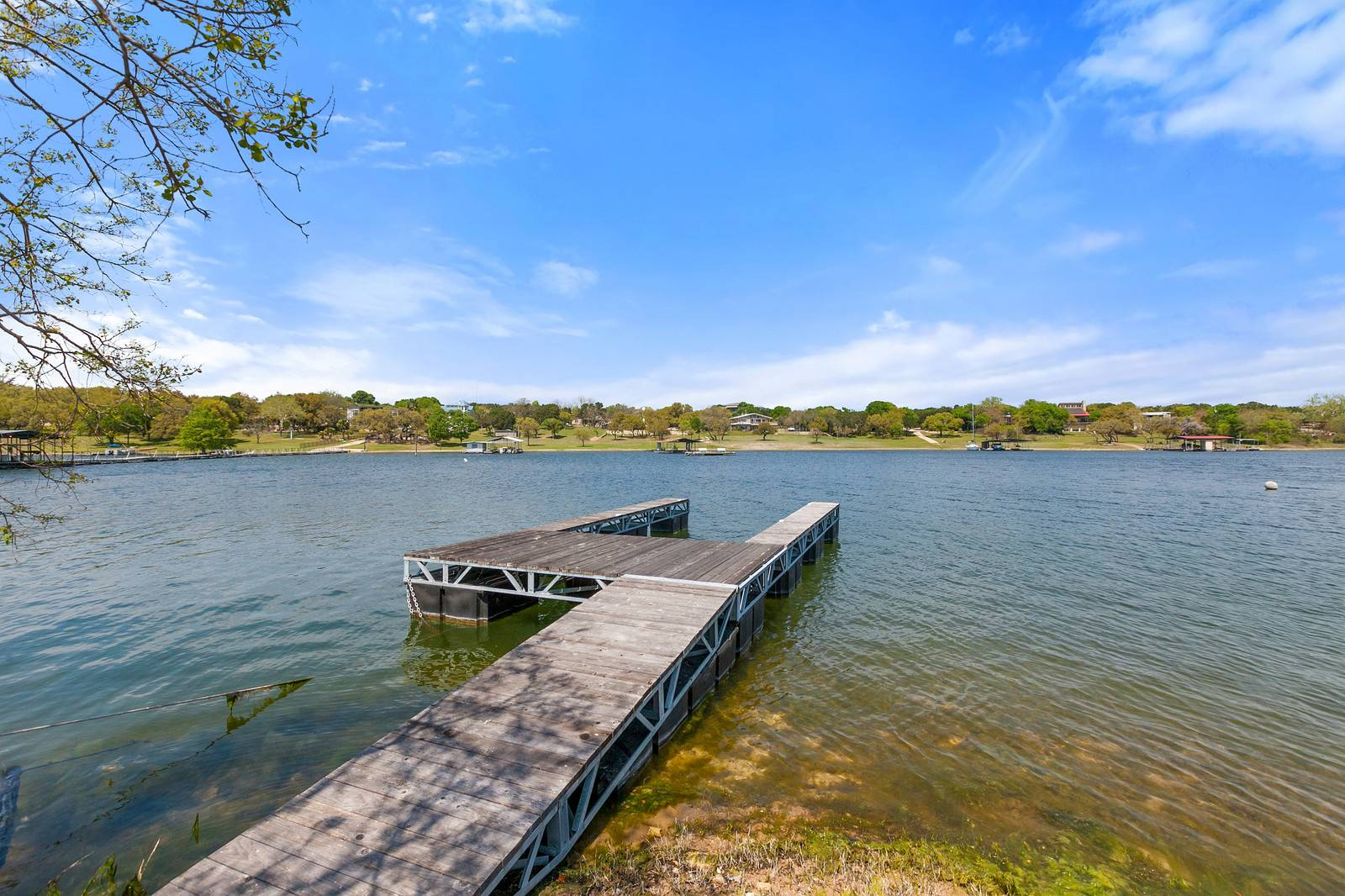 Austin TX acreage home waterfront