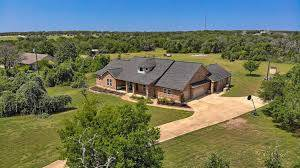 Liberty Hill TX acreage homes
